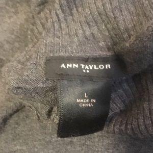 Ann Taylor Tops - Ann Taylor gray turtleneck